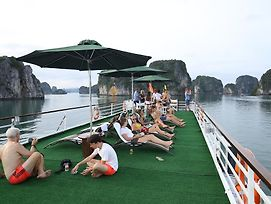 Halong Bai Tho Junks photos Exterior