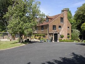 Cleavers Lyng 16Th Century Country House photos Exterior