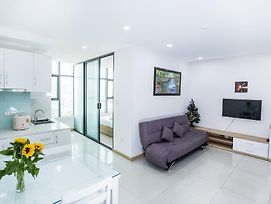 Nha Trang Seaside Apartment photos Exterior
