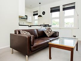 Newly Furnished Modern 1 Bed In South East London photos Exterior