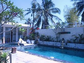 Gili Countrysaid Villa photos Exterior