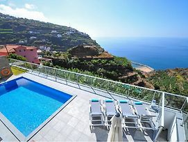 Villa Atlantic With Great Sea View & Pool In Madeira Island photos Exterior