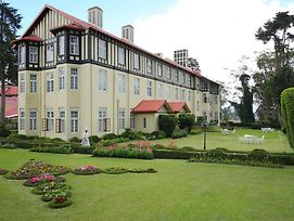 Grand Hotel Nuwara Eliya photos Exterior