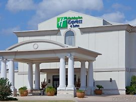Holiday Inn Express Hotel & Suites College Station photos Exterior