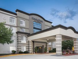 Doubletree By Hilton Des Moines Airport photos Exterior