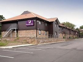 Premier Inn Chessington photos Exterior