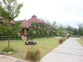 Ruen Sam Ran Resort photos Exterior