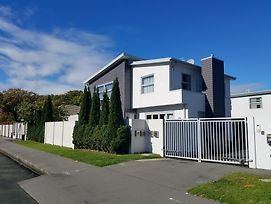 Lovely House By The Central Hagley Park photos Exterior