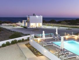 Aegean Horizon Beachfront Villas photos Exterior