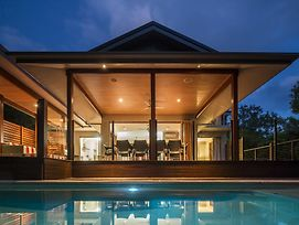 Trito Oceans Edge Luxury House photos Exterior