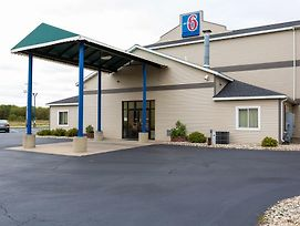Motel 6 Lake Delton Wi photos Exterior