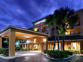 Courtyard By Marriott Sarasota Bradenton Airport photos Exterior