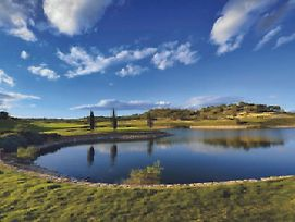 Las Colinas Golf & Country Club photos Exterior