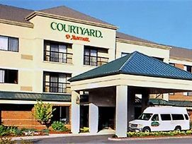 Courtyard By Marriott Concord photos Exterior