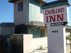 Deluxe Inn Redwood City photos Exterior