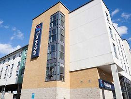 Travelodge Hatfield Central photos Exterior