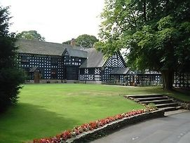 Samlesbury Hall photos Exterior