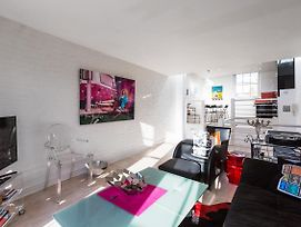 Exquisite And Chic 2 Bed 2 Bath Flat In Chelsea photos Exterior