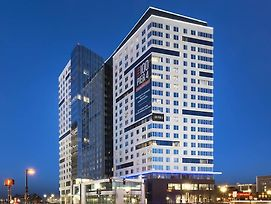 Global Luxury Suites At Boston Seaport photos Exterior
