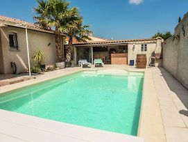 Fabulous Holiday Home With Swimming Pool In Narbonne photos Exterior