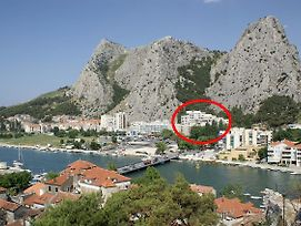 Apartments With A Parking Space Omis - 14290 photos Exterior