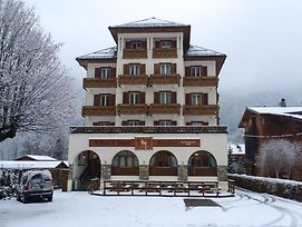 The Lodge Morzine photos Exterior
