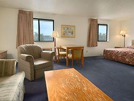 Super 8 - Davenport photos Room