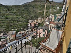 Radici Sea View Apartment With Balcony photos Exterior