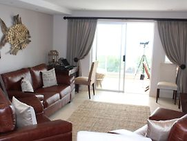 Seafront Apartment In Mossel Bay photos Exterior