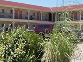 Springfield Inn Wichita photos Exterior