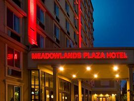 Meadowlands Plaza Hotel photos Exterior