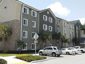 Woodspring Suites Fort Lauderdale photos Exterior