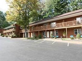 Mohican Motel photos Exterior