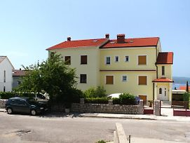 Apartments With A Parking Space Crikvenica - 9651 photos Exterior