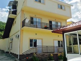 Guest House Inessa photos Exterior