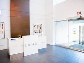 Executive Suites By Roseman Luna photos Exterior