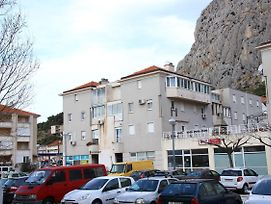 Apartments With Wifi Omis - 12525 photos Exterior