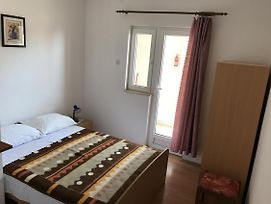Double Room Gradac 13179A photos Exterior