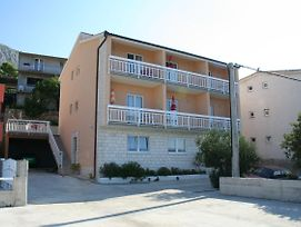 Apartments With A Parking Space Stanici 2819 photos Exterior