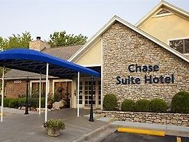 Chase Suite Hotel Overland Park photos Exterior