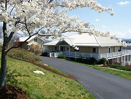 Inn At Riverbend photos Exterior