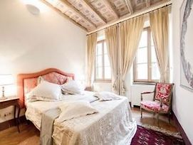 Spanish Steps Luxury Apartment photos Exterior