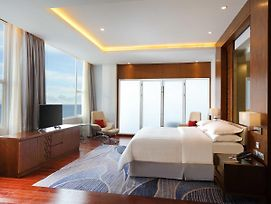 Four Points By Sheraton Manado photos Exterior