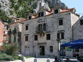 Apartments With Wifi Omis - 4642 photos Exterior
