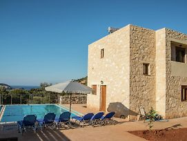 Typical Greek Villa In Crete With Private Pool photos Exterior