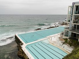 Ocean Front Building On Bondi Beach photos Exterior