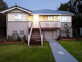 Beautiful Queenslander photos Exterior