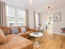 1 Bedroom Flat With Terrace In South West London photos Exterior