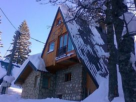 Authentic Jahorina Ski & Hiking Chalet photos Exterior