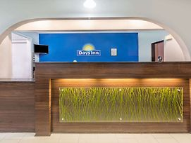 Days Inn By Wyndham Rayville photos Interior